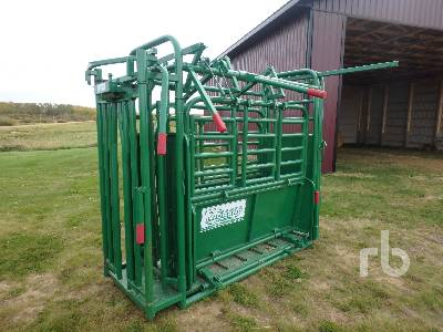 MORAND Shoulder Holder Cattle Squeeze | Ritchie Bros  Auctioneers