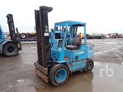 1988 CLARK GPS30 4375 Lb Forklift