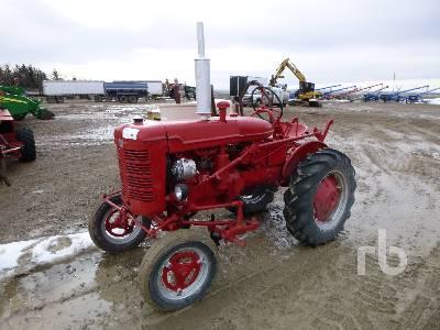 FARMALL SUPER A 2WD Antique Tractor