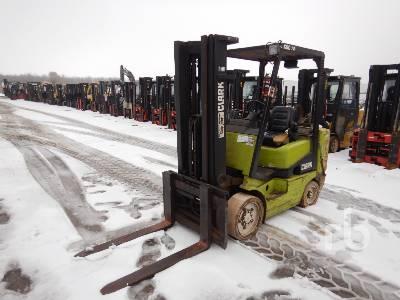 CLARK CGC30 5500 Lb Forklift