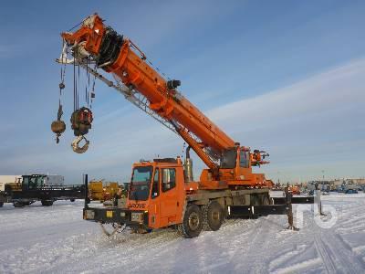 2006 GROVE TMS900E 90 Ton 8x4x4 Hydraulic Truck Crane