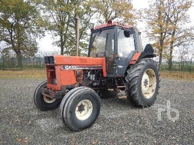 1985 CASE IH 1056XL 2WD Tractor