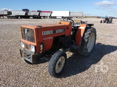 KUBOTA M5030V 2WD Tractor