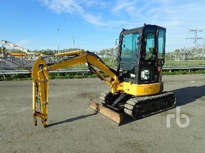 2014 KOMATSU PC26MR-3 Mini Excavator (1 - 4.9 Tons)