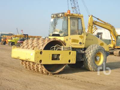 2007 BOMAG BW211D-40 Vibratory Padfoot Compactor