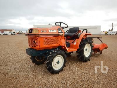 KUBOTA B1402DT 4WD Utility Tractor