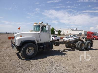 Mack MR600S (2004) Cab and Chassis Specs & Dimensions :: RitchieSpecs