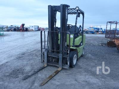 CLARK CGP25 4600 Lb Forklift