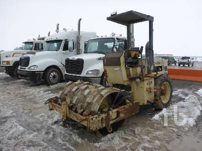 1996 INGERSOLL RAND SD40F Vibratory Padfoot Compactor