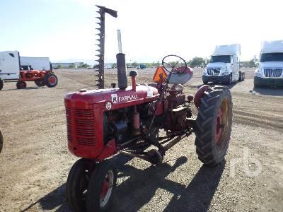 1951 INTERNATIONAL HARVESTER FARMALL Super C Narrow Front Antique Tractor