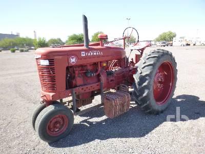 1942 INTERNATIONAL HARVESTER FARMALL M Narrow Front Antique Tractor