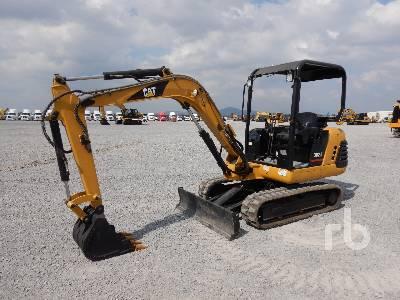 2000 CATERPILLAR 302.5 Mini Excavator (1 - 4.9 Tons)