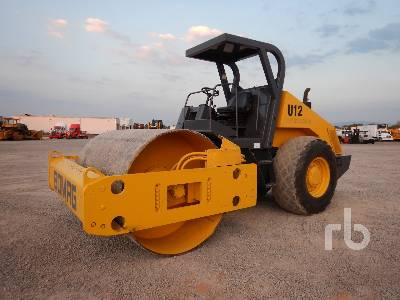 1999 BOMAG BW213DH3 Vibratory Roller