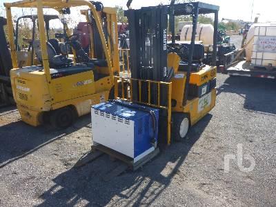 CLARK TM17 3500 Lb Electric Forklift