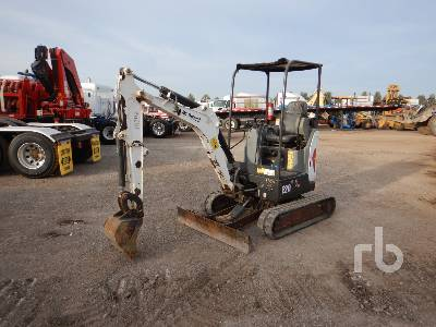 2015 VOLVO E20 Mini Excavator (1 - 4.9 Tons)