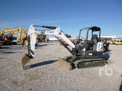 2015 BOBCAT E42 Midi Excavator (5 - 9.9 Tons)