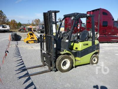 1999 CLARK C25L 4800 Lb Forklift