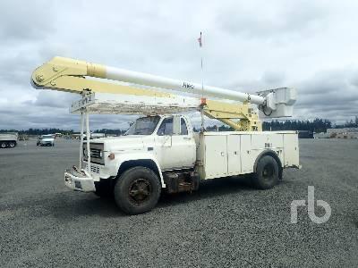 Bucket Trucks For Sale | IronPlanet