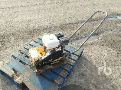 2006 BOMAG BP18/45-2 Plate Compactor