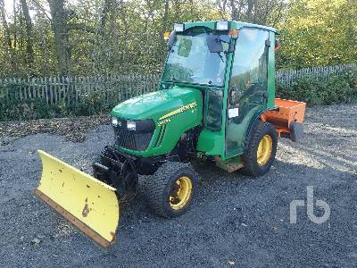 2014 JOHN DEERE 2025R HST 4WD Utility Tractor