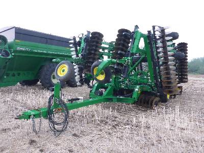 2014 JOHN DEERE 2623VT 40 Ft Vertical Tillage Disc
