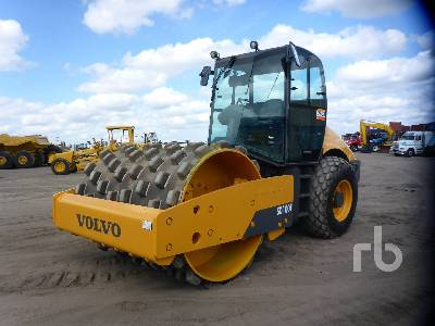 2010 VOLVO SD100F Vibratory Padfoot Compactor