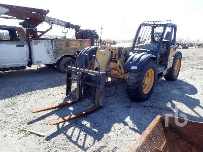 2005 CATERPILLAR TH220B 4X4X4 Telescopic Forklift Parts/Stationary Construction-Other