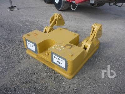 CATERPILLAR Counter Weight Crawler Tractor Attachment - Other