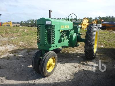 1954 JOHN DEERE 60 2WD Narrow Front Antique Tractor