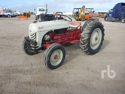 1951 FORD 8N 2WD Antique Tractor