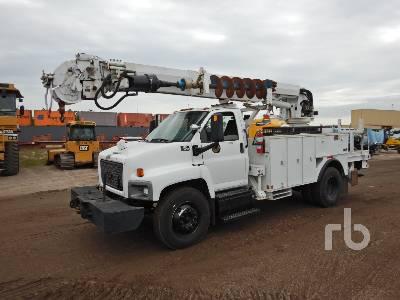 2006 CHEVROLET C7500 S/A w/Altec DM47BR Digger Derrick Truck