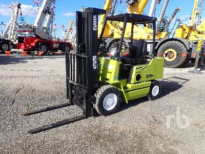 CLARK DPS251 3875 Lb Forklift