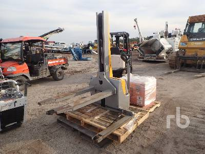 1998 MULTITON 10G-117-156E 2200 Lb Walk Behind Electric Forklift