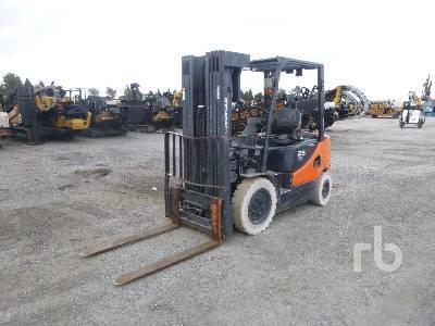 2013 DOOSAN G25E5 3850 Lb Forklift