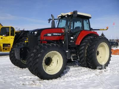 2012 VERSATILE 250 MFWD Tractor