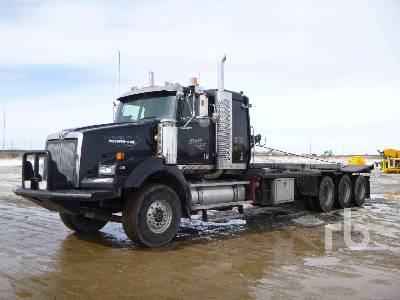 2005 WESTERN STAR 4900SA Tri Drive Texas Bed Winch Tractor