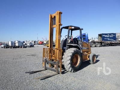 2012 CASE 586G Rough Terrain Forklift