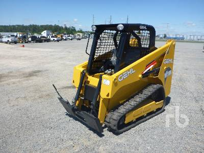 2019 GEHL RT105 Multi Terrain Loader