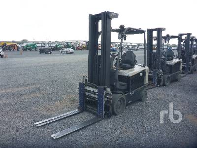 CROWN FC452560 5500 Lb Electric Forklift