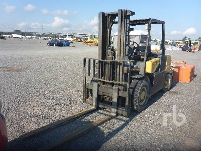 2002 DAEWOO G35S2 7000 Lb Forklift