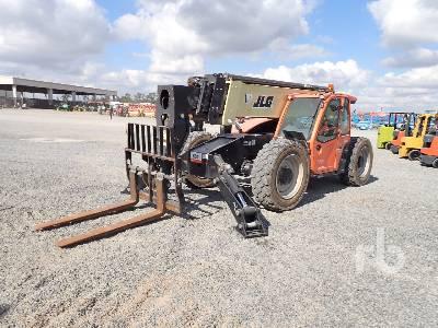 2016 JLG 1055 Telescopic Forklift