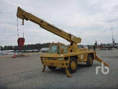 1974 BRODERSON RTR701B 8 Ton Carry Deck Crane