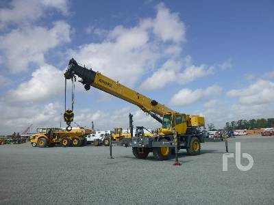 2010 GROVE RT530E-2 30 Ton 4x4x4 Rough Terrain Crane