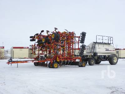 2003 BOURGAULT 5710 SERIES II 54 Ft Air Drill
