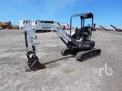 2014 BOBCAT E26 Mini Excavator (1 - 4.9 Tons)