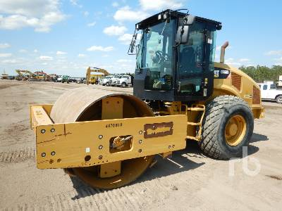 2016 CATERPILLAR CS66B Vibratory Roller