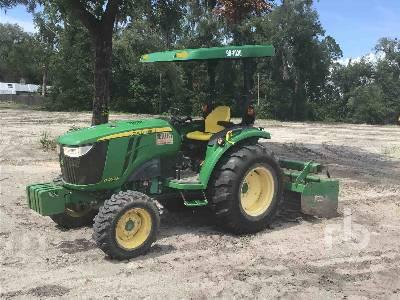 2015 JOHN DEERE 4052R MFWD Utility Tractor