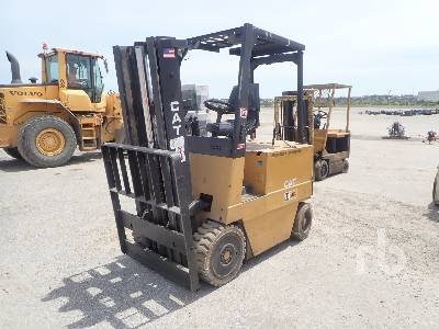 CATERPILLAR M60 6000 Lb Electric Forklift