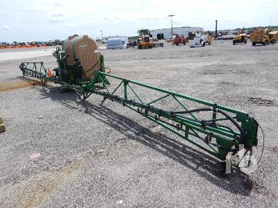 GREAT PLAINS 3P300 36 Ft Tractor Sprayer Tractor Attachment - Other