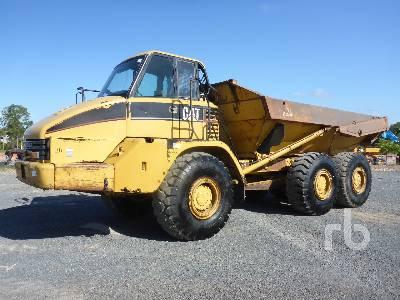 2001 CATERPILLAR 725 6x6 Articulated Dump Truck